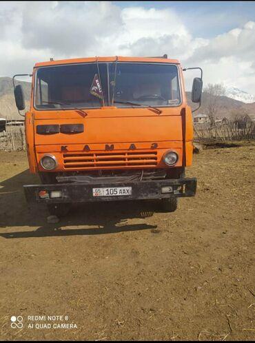 шины для грузовиков в Кыргызстан: Продаю камаз 5511 самосвал Состояние хорошее, мотор круговой R1шины
