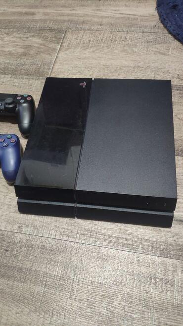 PlayStation 4 Fat 500 GB. Приставка прошитая (6.72). В отличном
