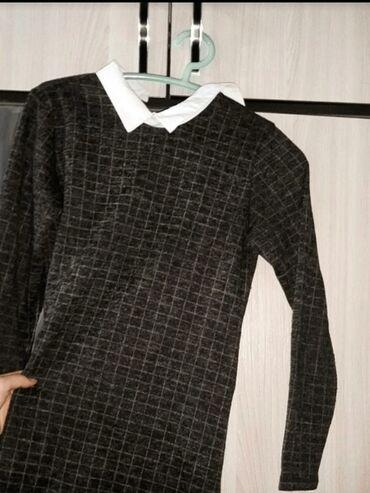 черное до колен платье в Кыргызстан: Платье в клетку в школу.Сарафан.Чуть выше колен