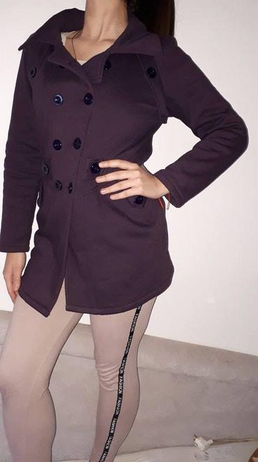 Queentex-c-pamucan - Srbija: Zenski kaput tamno ljubicaste boje, pamucan jako udoban u velicini