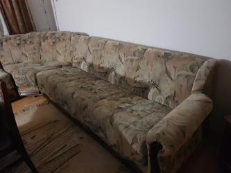 Kuća i bašta - Prokuplje: Garnitura na prodaju, trosed,dvosed i ugao. Cena po dogovoru. Za vise