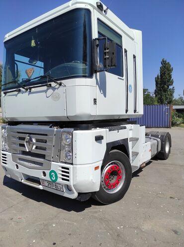 Шины для грузовиков - Кыргызстан: Продаю тягач Рено Магнум 2004г.в  Готов рейсу  Шины 80%  Горный тормоз