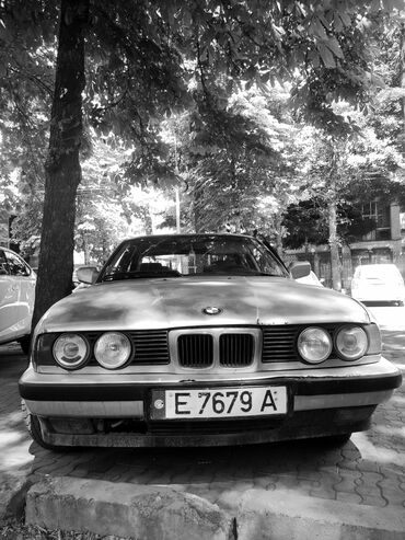 Транспорт - Манас: BMW 5 series 2 л. 1988 | 300000 км
