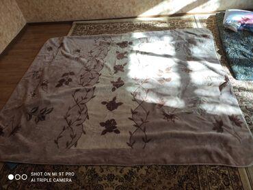 Постельное белье и принадлежности - Кыргызстан: Плед тёплый 2х спалка б/у