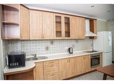 Квартиры в Душанбе: Продается квартира: 3 комнаты, 106 кв. м