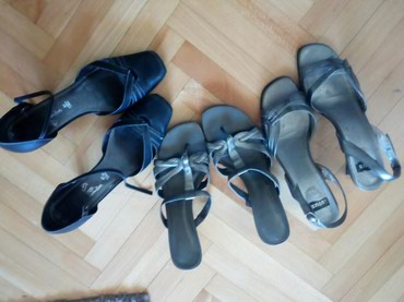 Ženska obuća | Nis: Polucipele br.40 iSandale zenske i poklon japankebr. 7 ili 39duzina