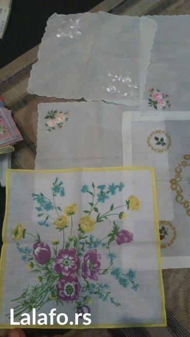 ručni rad maramice, moj lični hobi skupljane su iz različitih zemalja  - Cuprija
