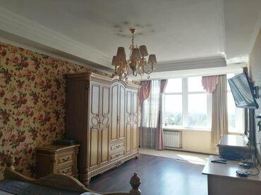 Недвижимость в Таджикистан: Сдается квартира: 2 комнаты, 75 кв. м, Бишкек