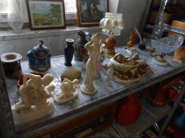 Muzej sa preko 700 eksponata iz raznih oblati kao sto je etnologija , - Bor