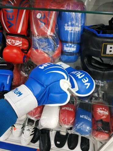 Перчатки в Кыргызстан: Уже снова в наличии! ММА ПЕРЧАТКИ VENUM 100% кожа в спортивном