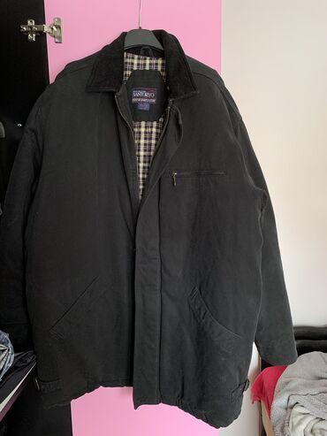 Muška dobro postavljena, termo jakna. Nova, nije nošena nijednom.  di