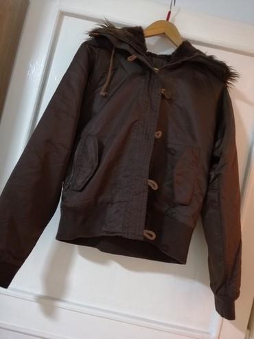 Ženska braon jakna Polovna ali lepo očuvana  - Obrenovac