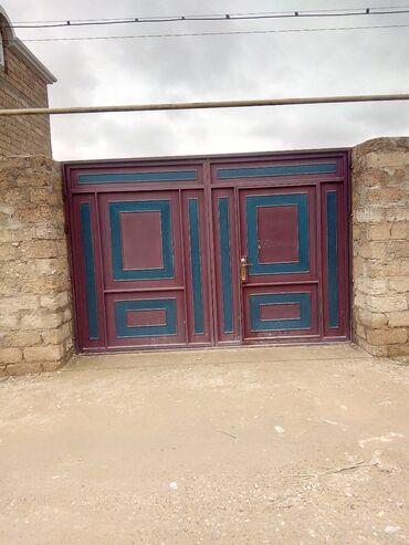 вешалка в коридор в Азербайджан: Продам Дом 117 кв. м, 4 комнаты