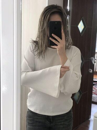 шелковые рубашки женские купить в Кыргызстан: Белая блузка с террановы, необычные рукава)
