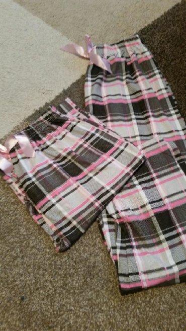 Ostalo | Pirot: Pidžame samo donji deo raznih dezena i veličina .Takođe mogu da se