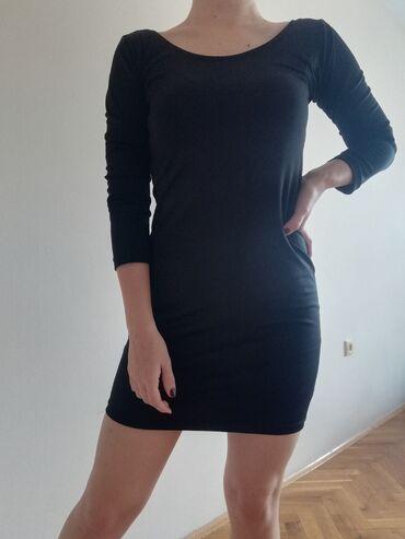 Haljinica s - Srbija: Kratka crna haljinica, odgovara S velicini