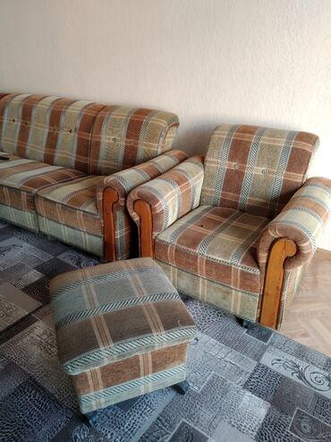Диваны - Кыргызстан: Угловой диван, одно кресло, с двумя пуфиками