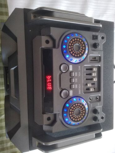 акустические системы колонка сумка в Кыргызстан: Сдаю в аренду музыкальную колонку вертикального типа размеры 110см. Во