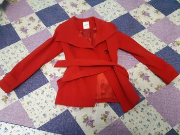 Продаётся почти новое пальто от DEFACTO размер XL одевали несколько
