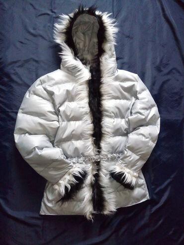 Duzina obim cm - Srbija: Zimska jakna.Obim grudi 102 cm,duzina 75cm