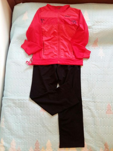 Спортивные костюмы - Кок-Ой: Спортивка женская 1200 сом(новый) размер 48-50