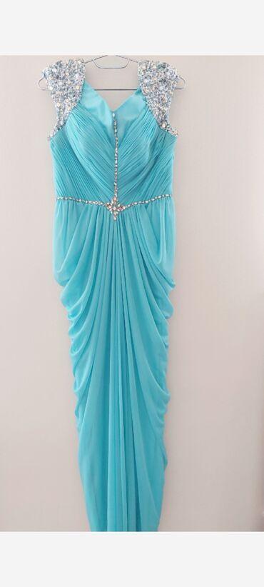 1 ci Mavi rengde olan italiyan markasi Sassafondan 550.azn alinib.1