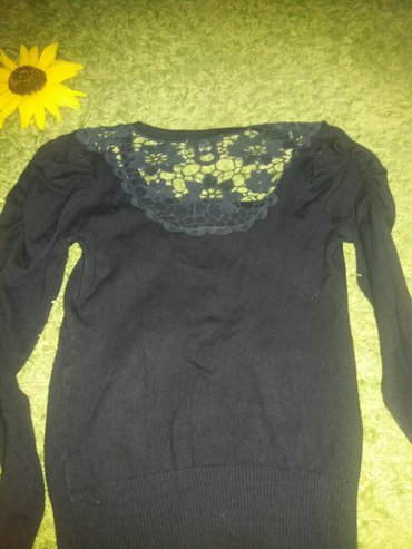 Prelepa crna majica sa cipkom. Novo - Zabalj