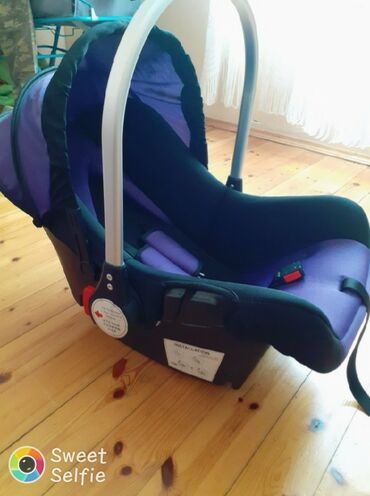 - Azərbaycan: Masin oturacağı uşaq ucun.ela veziyetdedir.1 ay işlenib.kiri lekesi.si