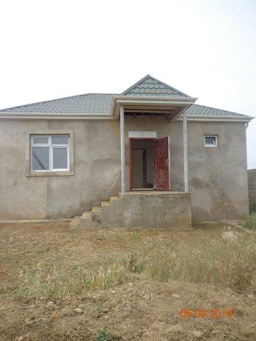 Bakı şəhərində Yeni Suraxanısa ev satılır. Ev dəmir yolundan sonra birinci