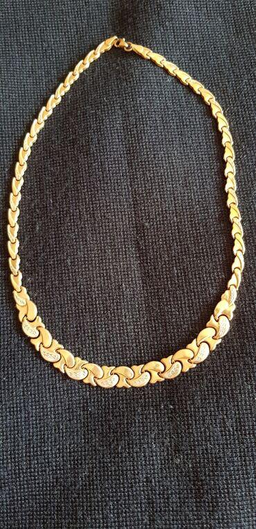 скупка золота 585 пробы в Кыргызстан: Продаю золотое колье.Золото россия.585 пообы. Грамм 17.3.Куплен в