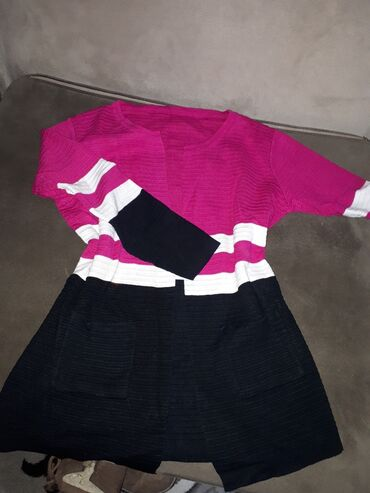 Пакет вещей (мужские и женские) кофты, кардиган, футболки, брюки, шо
