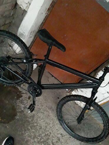 benshi велосипед в Кыргызстан: Скоростной велосипед. 21 скорость (3х7). Отсутствуют тормоза. Колеса