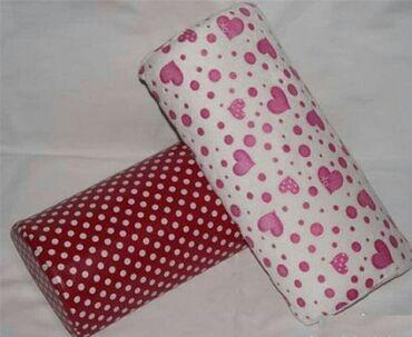 Ostalo - Nis: Jastuce za ruku za nadogradnju noktiju  Velicina:31cm×13,5cm