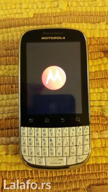Motorola e1120 - Srbija: Telefon je android,ocuvan,zaključan je vidi se na slici,ubacivao sam