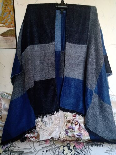 Ženska džemperi   Srbija: Ponco nov pamucni. obim grudi univerzalan. duzina kako je