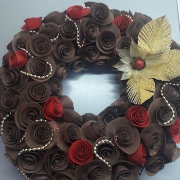 Novogodišnji vencic ili dekoracija za što! Prečnik 27 cm cena 600