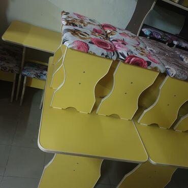Стол тобуретка стуля стол 110×65 высота 75 тобуретки 4шт по городу