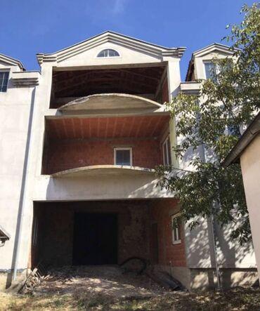 Na prodaju - Arandjelovac: Na prodaju Kuća 600 sq. m, 5 soba