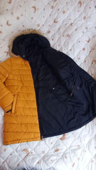 Zimska jakna sa dva lica,nenosena,mekana,topla.Samo skinuta