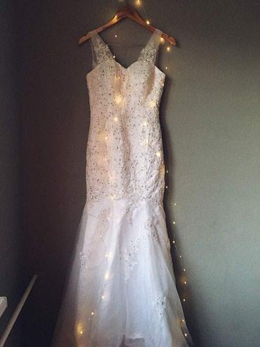 Свадебное платье, силуэт «русалка» размер 42-44 в Бишкек