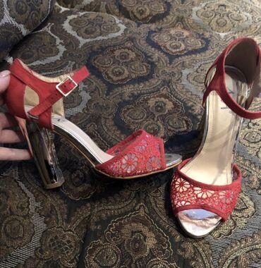 Продаю туфли 37 размер за 300 сом