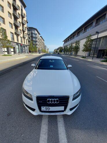 Audi A5 2 l. 2011 | 92500 km