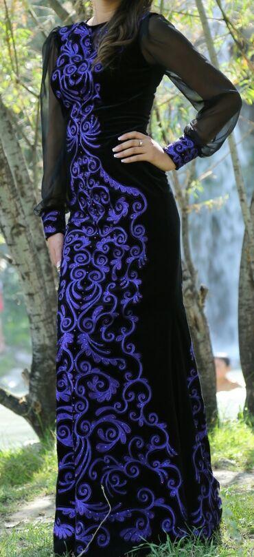вечернее платье 44 размер в Кыргызстан: Платье от Aiperi Obozova 42-44 размер . брали за 25 000, отдам за
