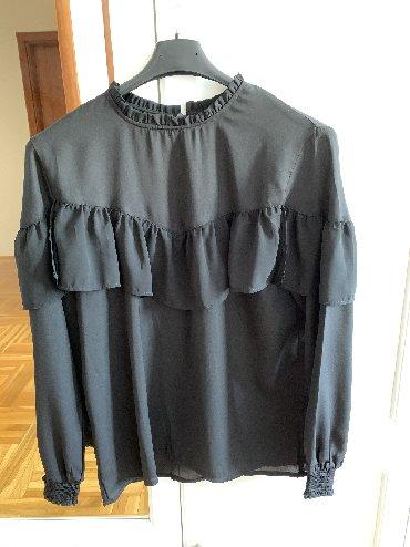 Crna bluza sdugim rukaviz italij - Srbija: Crna bluza kupljena u New Yorkeru u velicini M