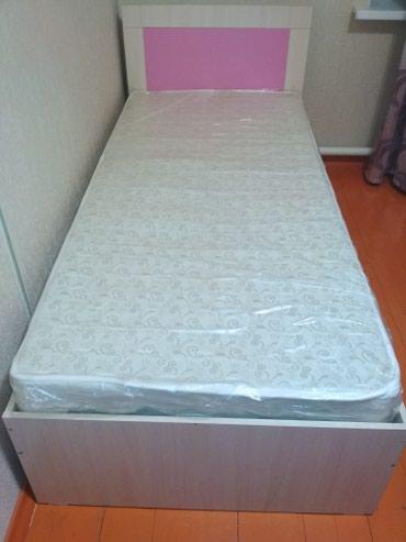 Кровать размером 2м*90см,вместе с матрасом 8000с в Бишкек