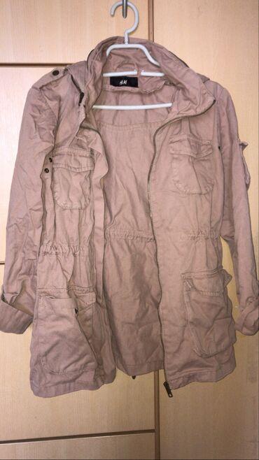 Prolecna jaknica H&M roze boje Velicina 36