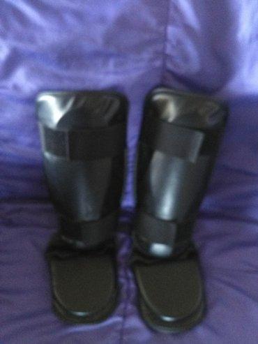 Stitnici za potkolenice i ris stopala za borilacke sportove. Slabo - Bela Crkva