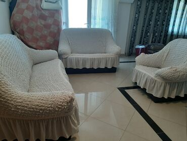 Kuća i bašta - Kostolac: Prekrivac za ugaonu garnituru trose dvoset i fotelja
