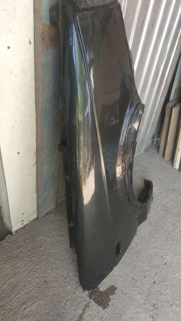 Продаю передний правый крыло на пассат Б 3 состояние как на фотке цена
