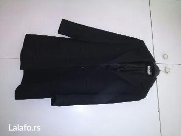 Sako crne boje - Srbija: Ženski sako, dugačak, veličina 40, nošen nekoliko puta, crne boje, ima